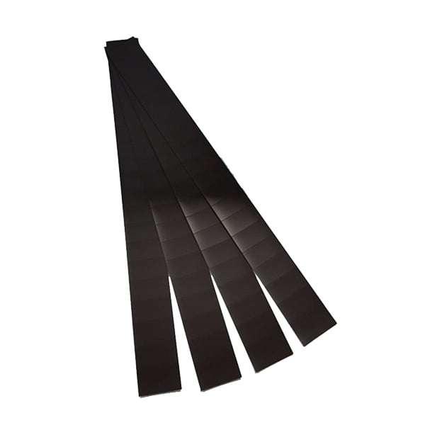 Flexible magnet tabs